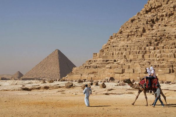 Do we know how they build the ancient Egyptian pyramids?